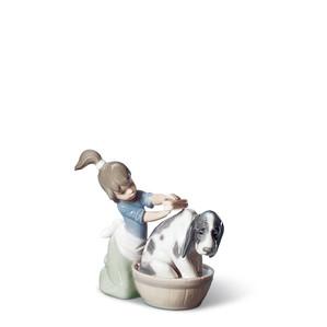 "Статуэтка ""Купание собаки"" 12 x 14см"