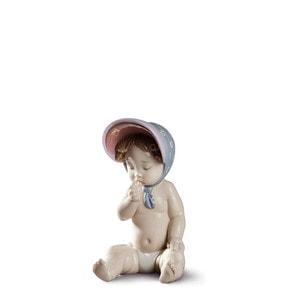 """Статуэтка """"Маленькая девочка в шляпке"""" 17 x 9см"""