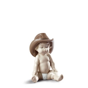 """Статуэтка """"Мальчик в ковбойской шляпе"""" 18 x 12см"""