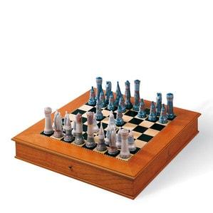 Шахматы (включая коробку) 21 x 56см