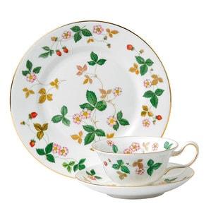 Набор из тарелки закусочной 20см и чашки чайной с блюдцем