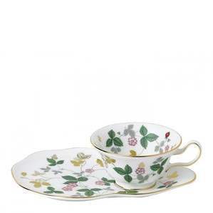 Чайная чашка с подставкой